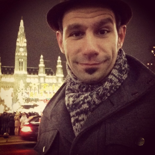 Yes, that is the awe-inspiring Rathaus behind me and my expression of utter impress.